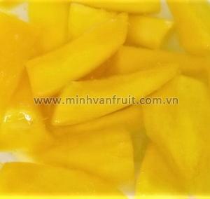 Canned Mango 1-8 Cut 1