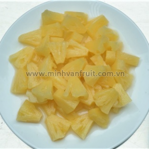 Canned Pineapple Chunks 1