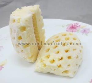 Frozen Pineapple Half Cut 1